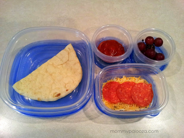 Packing DIY pizzas for your kids' school lunch with Glad® Food Storage containers