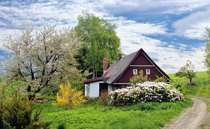 Exterior-home-improvements-raise-value