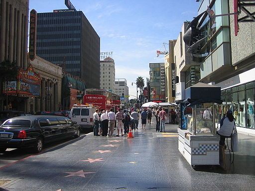 Visit-hollywood-boulevard